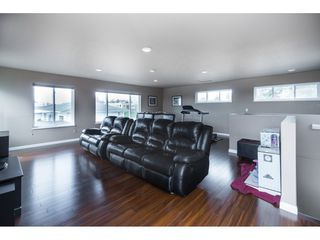 Photo 18: 15430 ROPER Avenue: White Rock House for sale (South Surrey White Rock)  : MLS®# R2358941