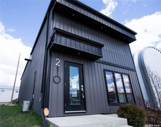 Photo 1: 210 Dewdney Avenue in Regina: Eastview RG Commercial for lease : MLS®# SK768460