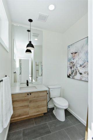 Photo 12: 9625 80 Avenue in Edmonton: Zone 17 House for sale : MLS®# E4156311