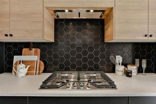 Photo 9: 9625 80 Avenue in Edmonton: Zone 17 House for sale : MLS®# E4156311