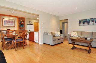 "Photo 1: 720 WESTVIEW Crescent in North Vancouver: Central Lonsdale Condo for sale in ""Cypress Gardens"" : MLS®# R2370300"