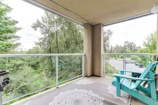 "Photo 19: 301 22722 LOUGHEED Highway in Maple Ridge: East Central Condo for sale in ""Marks Place"" : MLS®# R2381095"