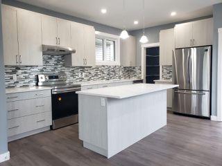 Photo 1: 9324 153 Street in Edmonton: Zone 22 House for sale : MLS®# E4162254