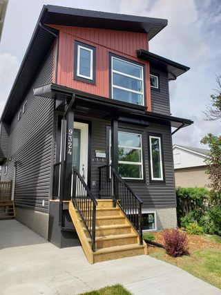 Photo 3: 9324 153 Street in Edmonton: Zone 22 House for sale : MLS®# E4162254