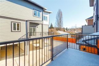 Photo 9: 105 817 Arncote Ave in VICTORIA: La Langford Proper Row/Townhouse for sale (Langford)  : MLS®# 818780