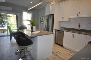 Photo 8: 105 817 Arncote Ave in VICTORIA: La Langford Proper Row/Townhouse for sale (Langford)  : MLS®# 818780