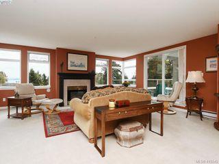 Photo 5: 302 5110 Cordova Bay Rd in VICTORIA: SE Cordova Bay Condo for sale (Saanich East)  : MLS®# 824263