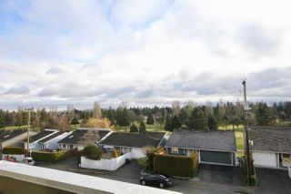"Photo 1: 407 1428 56 Street in Delta: Beach Grove Condo for sale in ""BAYVIEW VILLA"" (Tsawwassen)  : MLS®# R2405950"