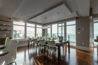 "Photo 5: 300 15097 MARINE Drive: White Rock Condo for sale in ""Top of the Rock"" (South Surrey White Rock)  : MLS®# R2417343"