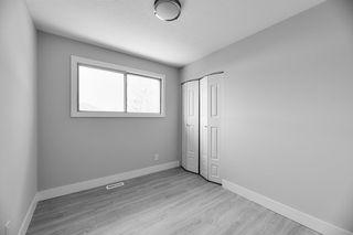 Photo 15: 403 MILLBOURNE Road E in Edmonton: Zone 29 House Half Duplex for sale : MLS®# E4193823