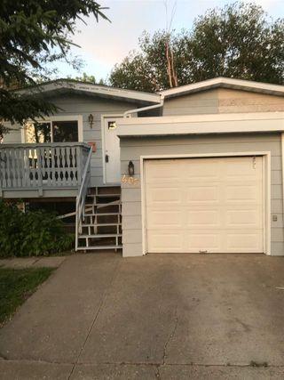 Photo 16: 403 MILLBOURNE Road E in Edmonton: Zone 29 House Half Duplex for sale : MLS®# E4193823