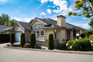 "Main Photo: 13 32777 CHILCOTIN Road in Abbotsford: Central Abbotsford Townhouse for sale in ""Cartier Heights"" : MLS®# R2454718"