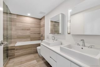 Photo 3: 4002 1480 HOWE Street in Vancouver: Yaletown Condo for sale (Vancouver West)  : MLS®# R2463556