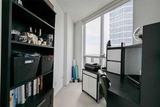 Photo 8: 2012 8 York Street in Toronto: Waterfront Communities C1 Condo for lease (Toronto C01)  : MLS®# C4811726