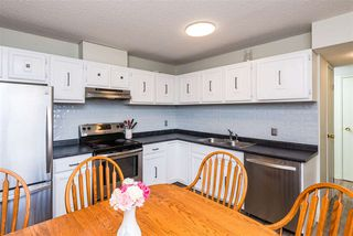 Photo 7: 623 Knottwood Rd W in Edmonton: Zone 29 Townhouse for sale : MLS®# E4206057