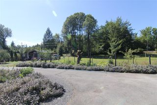 Photo 22: 3082 Drinkwater Rd in : Du West Duncan House for sale (Duncan)  : MLS®# 854284