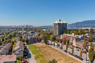 "Photo 13: 1008 3920 HASTINGS Street in Burnaby: Vancouver Heights Condo for sale in ""Ingleton Place"" (Burnaby North)  : MLS®# R2497642"