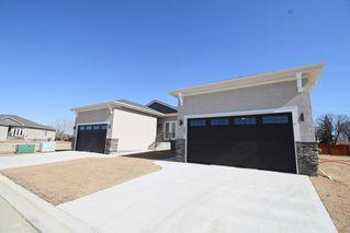 Photo 1: 117 804 Manitoba Avenue in Selkirk: R14 Condominium for sale : MLS®# 202024052