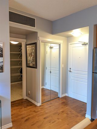 Photo 4: 801 10319 111 Street in Edmonton: Zone 12 Condo for sale : MLS®# E4218323