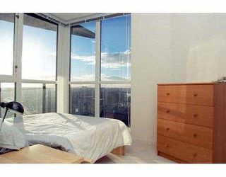 """Photo 4: 2807 1199 SEYMOUR ST in Vancouver: Downtown VW Condo for sale in """"BRAVA"""" (Vancouver West)  : MLS®# V573255"""