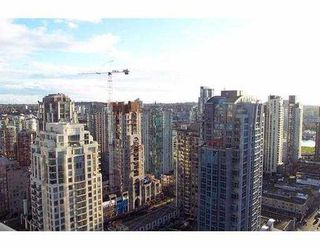 """Photo 8: 2807 1199 SEYMOUR ST in Vancouver: Downtown VW Condo for sale in """"BRAVA"""" (Vancouver West)  : MLS®# V573255"""