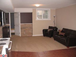 """Photo 8: 18891 68A Avenue in Surrey: Clayton House for sale in """"CLAYTON HEIGHTS"""" (Cloverdale)  : MLS®# F1110623"""