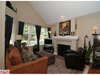 """Photo 3: 44 15450 ROSEMARY HEIGHTS Crescent in Surrey: Morgan Creek Townhouse for sale in """"CARRINGTON"""" (South Surrey White Rock)  : MLS®# F1112907"""