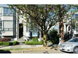 "Photo 1: 14 939 W 7TH Avenue in Vancouver: Fairview VW Townhouse for sale in ""MERIDIAN COURT"" (Vancouver West)  : MLS®# V908092"