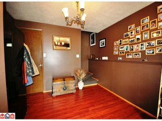 Photo 2: 33151 MYRTLE Avenue in Mission: Mission BC House for sale : MLS®# F1122839