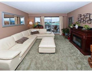 Photo 4: 327 22661 LOUGHEED Highway in Maple Ridge: East Central Condo for sale : MLS®# V980911