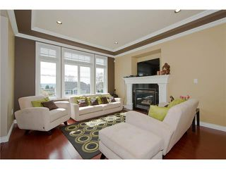 Photo 2: 1315 NANAIMO Street in New Westminster: West End NW House for sale : MLS®# V1003420