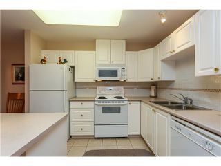 "Photo 4: # 803 612 6TH ST in New Westminster: Uptown NW Condo for sale in ""THE WOODWARD"" : MLS®# V1030820"
