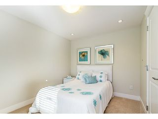 Photo 8: 4761 MANOR Street in Vancouver: Collingwood VE House 1/2 Duplex for sale (Vancouver East)  : MLS®# V1044378