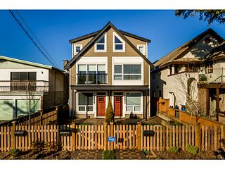 Photo 2: 4761 MANOR Street in Vancouver: Collingwood VE House 1/2 Duplex for sale (Vancouver East)  : MLS®# V1044378