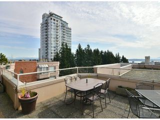 """Photo 13: 709 15111 RUSSELL Avenue: White Rock Condo for sale in """"PACIFIC TERRACE"""" (South Surrey White Rock)  : MLS®# F1405374"""