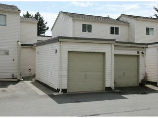 """Photo 1: 29 8555 KING GEORGE Boulevard in Surrey: Queen Mary Park Surrey Townhouse for sale in """"Bear Creek Village"""" : MLS®# F1409943"""