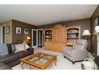 """Photo 11: 18066 64A Avenue in Surrey: Cloverdale BC House for sale in """"Orchard Ridge"""" (Cloverdale)  : MLS®# F1411692"""