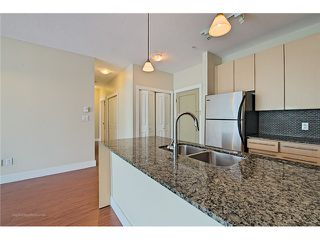 """Photo 6: 214 6268 EAGLES Drive in Vancouver: University VW Condo for sale in """"Clements Green"""" (Vancouver West)  : MLS®# V1067735"""