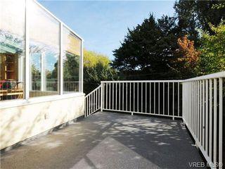 Photo 12: 2557 Vancouver St in VICTORIA: Vi Hillside House for sale (Victoria)  : MLS®# 684317