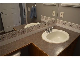 Photo 13: 133 MT LORETTE Place SE in Calgary: McKenzie Lake Residential Detached Single Family for sale : MLS®# C3641360