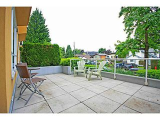 """Photo 10: 107 2340 HAWTHORNE Avenue in Port Coquitlam: Central Pt Coquitlam Condo for sale in """"BARRINGTON PLACE"""" : MLS®# V1097959"""
