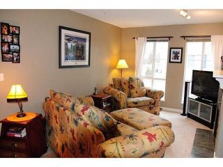 "Photo 4: 101 8930 WALNUT GROVE Drive in Langley: Walnut Grove Townhouse for sale in ""Highland Ridge"" : MLS®# F1432655"