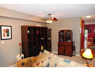 "Photo 5: 101 8930 WALNUT GROVE Drive in Langley: Walnut Grove Townhouse for sale in ""Highland Ridge"" : MLS®# F1432655"