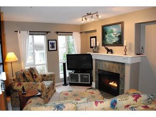 "Photo 3: 101 8930 WALNUT GROVE Drive in Langley: Walnut Grove Townhouse for sale in ""Highland Ridge"" : MLS®# F1432655"