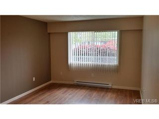 Photo 5: 109 10459 Resthaven Dr in SIDNEY: Si Sidney North-East Condo for sale (Sidney)  : MLS®# 697358