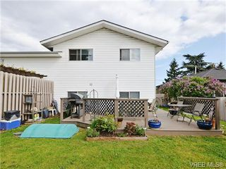 Photo 20: 1025 Goldstream Ave in VICTORIA: La Langford Proper Half Duplex for sale (Langford)  : MLS®# 699433