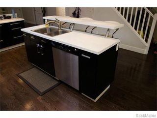 Photo 3: 358 OTTAWA Street in Regina: Churchill Downs Single Family Dwelling for sale (Regina Area 03)  : MLS®# 534903