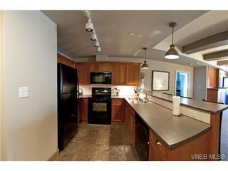Photo 9: 232/234 1999 Country Club Way in VICTORIA: La Bear Mountain Condo for sale (Langford)  : MLS®# 704089