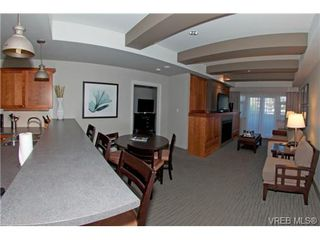 Photo 3: 232/234 1999 Country Club Way in VICTORIA: La Bear Mountain Condo for sale (Langford)  : MLS®# 704089
