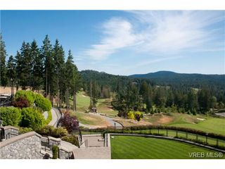 Photo 2: 232/234 1999 Country Club Way in VICTORIA: La Bear Mountain Condo for sale (Langford)  : MLS®# 704089